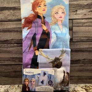NEW Disney Magic Towel Elsa Anna /& Olaf from Frozen washcloth